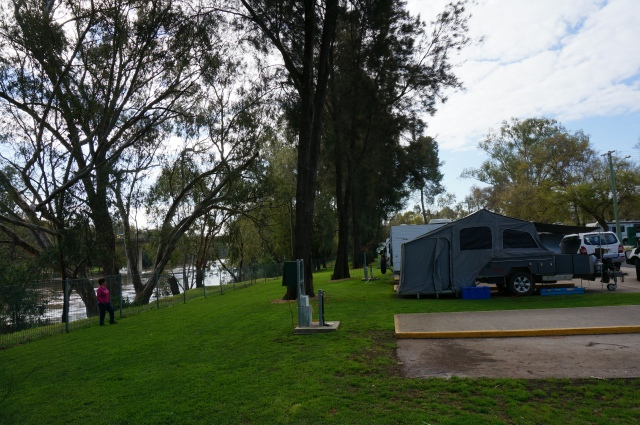 Cowra Van Park on the Lachlan River.